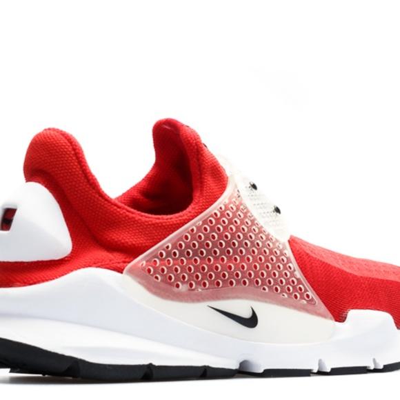 promo code f8a42 cdbb2 Nike Sock Dart Red EUC